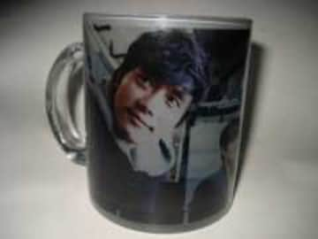 イ・ビョンホン素敵な写真入りガラスカップ