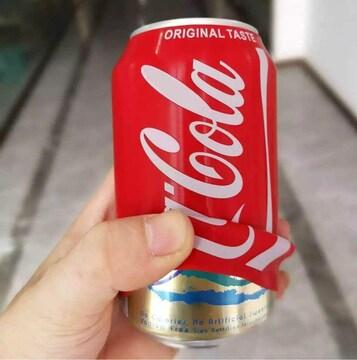 どこでも飲める シリコン製 コーラ柄 缶カバー 緊急事態