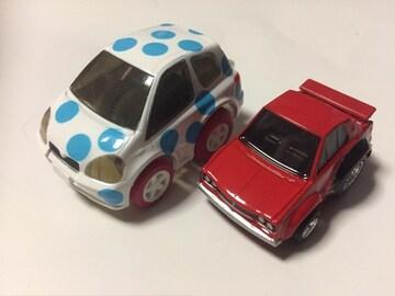 チョロQ・トヨタ ヴィッツ 水玉、ちびっこハコスカ 赤。
