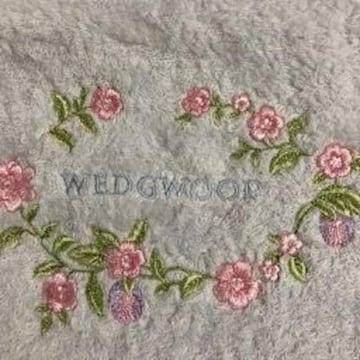 ウエッジウッド フェイスタオル うすブルーお花刺繍