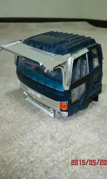 いすゞ810スーパーのラメキャビンのジャンク品