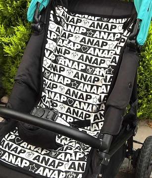 新品ANAP☆ロゴ柄 ベビーカーシート アナップキッズ