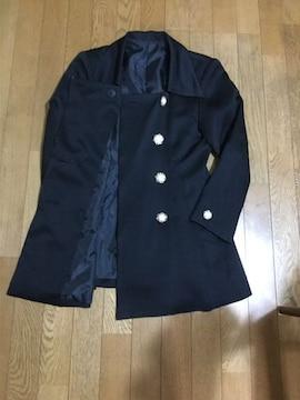 ボタンが可愛い上着