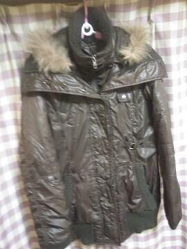 ダウンタイプ ジャンバー ジャケット 二重  フード脱着可 カーキ色 ファー狸 同梱NG