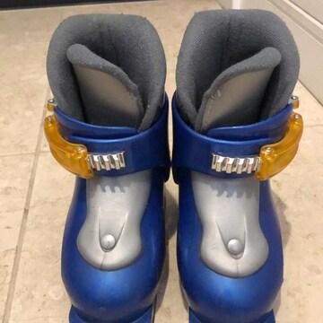 HEADのスキーブーツ。キッズ。