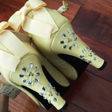 春レモンイエロー黄色パンプス豪華ビジューストーン姫リボン