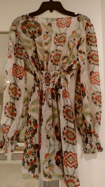 花柄トップス長袖シホォン素材 XSサイズ < 女性ファッションの