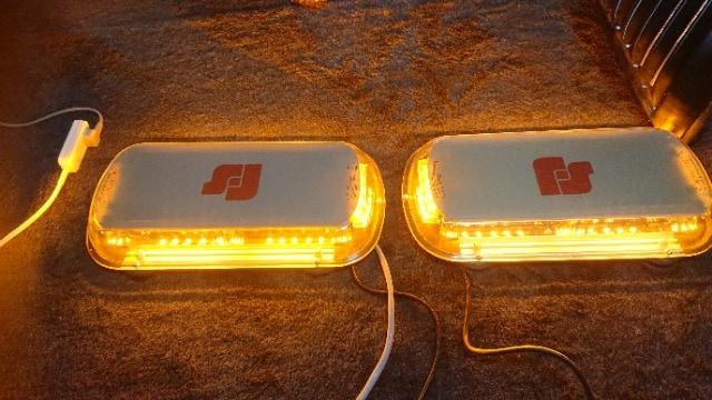 LEDフラッシュ回転灯2個セット < 自動車/バイク