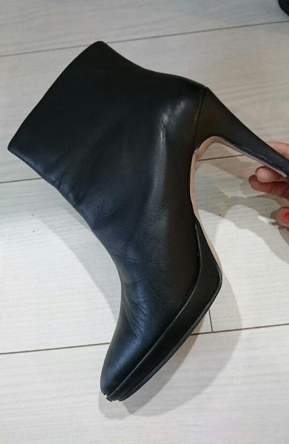 値下げ ビァッジョブルーレザーショートブーツ ブラック サイズS < ブランドの