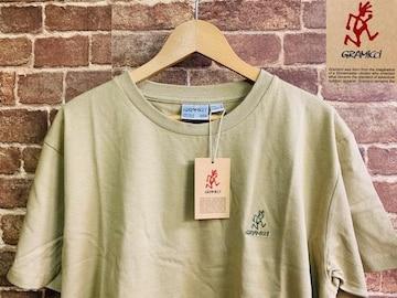表記L/新品!グラミチ 刺繍 バックプリント Tシャツ 定価¥4950 アウトドアスタイル