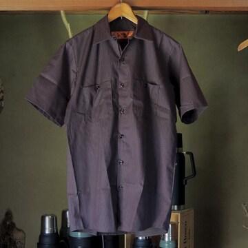 REDKAP半袖ワークシャツ☆チャコール/レッドツインストライプM