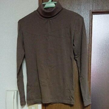 タートルネックシャツ M
