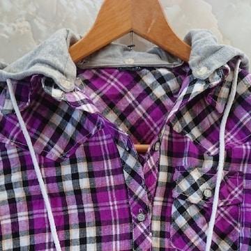 【値下げ不可】極美品!!フード付き チェックシャツ