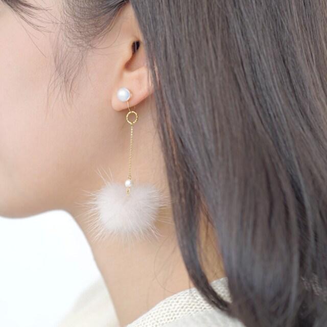 京都ガラス館ぴありピンクガラス金平糖ピンクファーイヤリングPIARI  < 女性アクセサリー/時計の