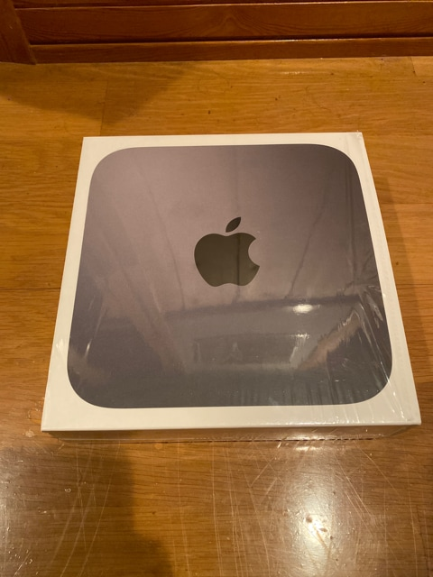 Mac mini 2018 i3  3.6GHz 8GB SSD128GB MRTR2J/A  < PC本体/周辺機器の
