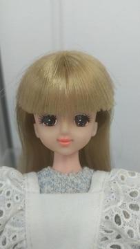 ○タカラバービー人形○