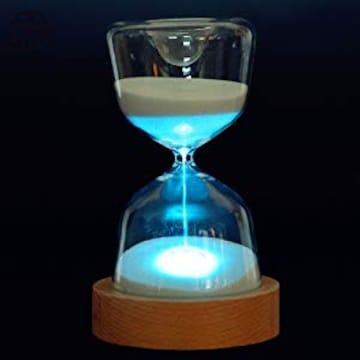 砂時計が演出するお休み前のお部屋のインテリア照明