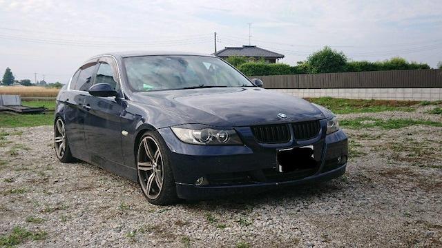 BMW 3シリーズ セダン 320i e90 車検付き 格安 < 自動車/バイク