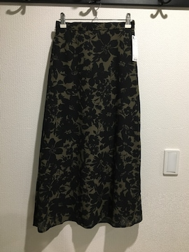 GU ジーユー Aライン ロング スカート 花柄 フラワー
