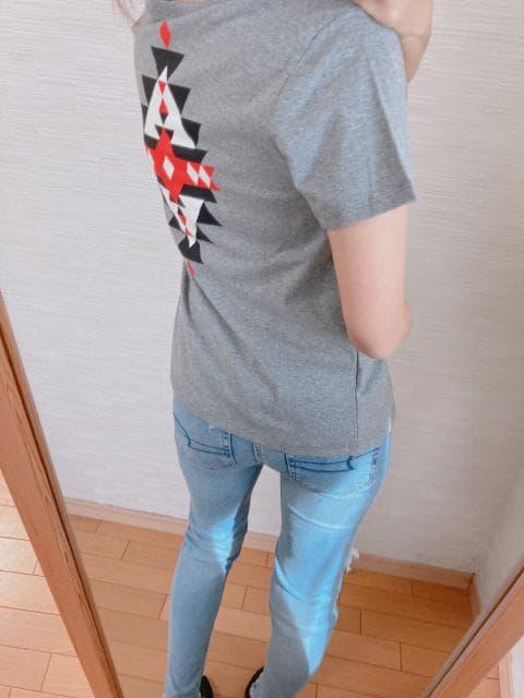 新作大人気完売!限定1!OP!バックプリント!セレカジTシャツ! < 女性ファッションの