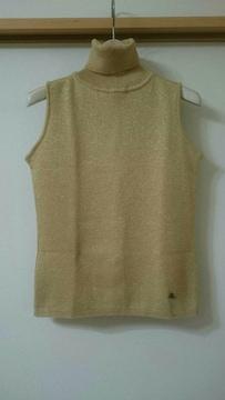 クイーンズコート ノースリーブセーター