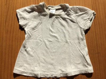 von-pipi☆サイズ90☆オシャレ☆ホワイトTシャツ☆パフスリーブ
