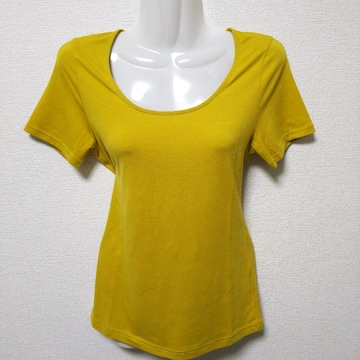 COMME CA ISM(コムサ イズム)のTシャツ