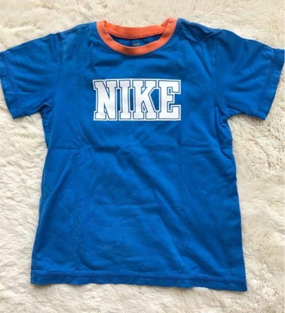 NIKE  カッコいいTシャツ  120センチ  < ブランドの