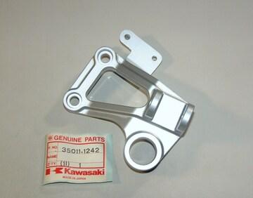 カワサキ GPZ400R GPZ600R 左マフラーブラケット 絶版新品