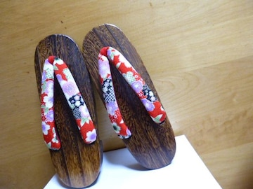 レディース下駄単品さくら和柄赤色の鼻緒木製新品ゆかた女子