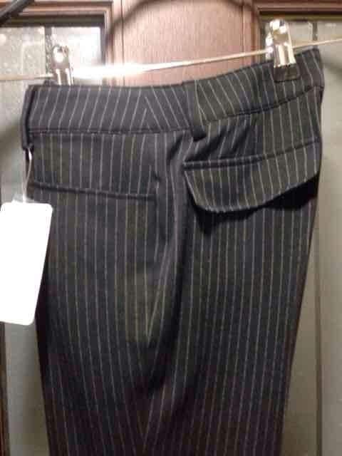 新品SS★パンツ★黒にストライプ/夢展望/パンツスーツの下だけ < 女性ファッションの