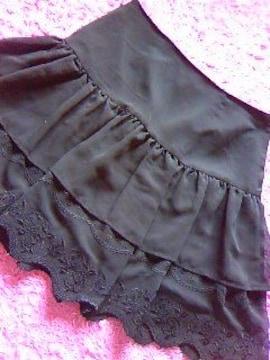 ロディスポットバラ柄刺繍&デザインcutふんわりシフォン重ねのスカート