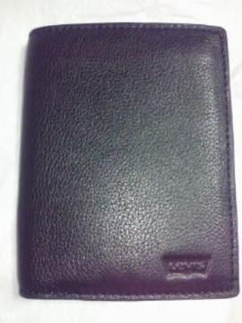 Levi's リーバイス 二つ折り 財布 ウォレット 牛革 ブラック 縦 ロゴ プリント