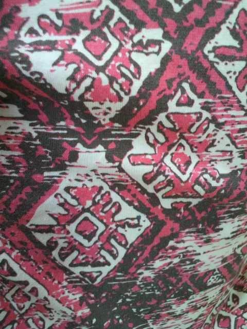 FREEサイズ*TITICACA(チチカカ)鍵網ショルダー・デザイン・タンクトップピンク < 女性ファッションの