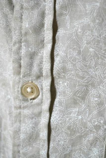 GU ジーユー リネンブレンドシャツ 花柄 半袖 ベージュ M メンズ < ブランドの