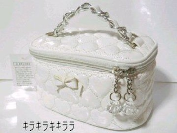 《New》リボン付★ハート*エナメルキルティング・バニティバッグ<ホワイト>