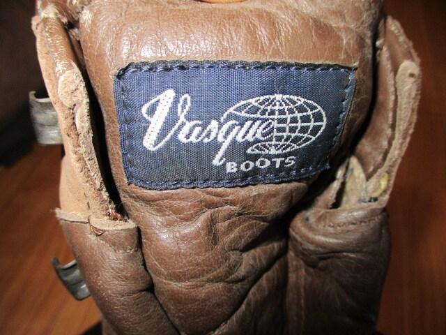 イタリー製 VASQUE バスク トレッキングブーツ 29センチ < 男性ファッションの