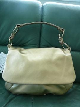 アニエスb. ゴールドショルダーバッグ