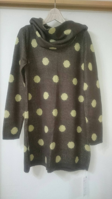 DEBUTTO ロングセーター < 女性ファッションの