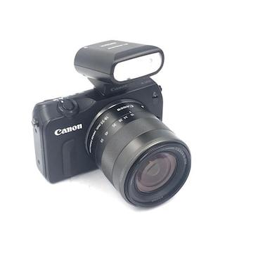 Canon EOS M 18-55 レンス? ストロボセット