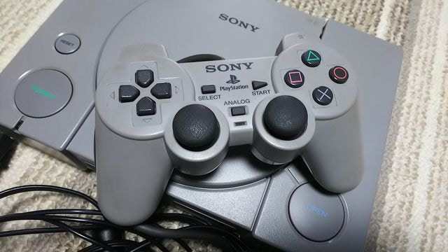PlayStation 初代 プレイステーション 本体 動作確認済 < ゲーム本体/ソフトの