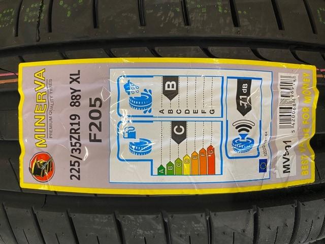 6081268)激安ロクサ-ニテンペストタ-ビンミニバン新品タイヤ付225/35ZR19送料無料 < 自動車/バイク