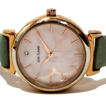 美品【980円〜】SUN FLAME【ジルコニア】美しい腕時計