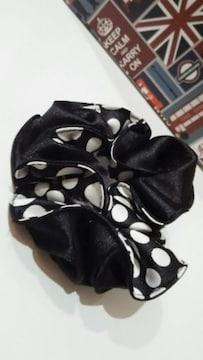 新品◆PUNK柄◆シュシュ!◆水玉柄◆黒×白◆